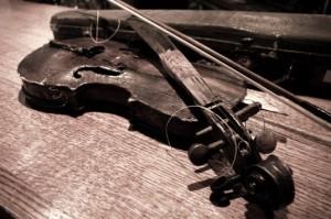 broken_fiddle_2s