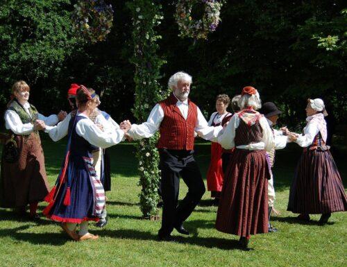 Folk scandinavo: Le danze