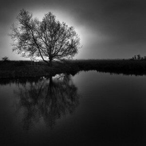 """I laghi di Coolfin, dove le acque sono """"false e profonde"""""""