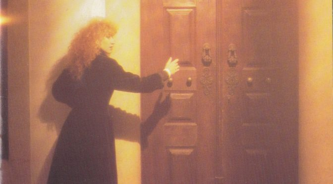 Loreena McKennitt: Fear no more the heat o' th' sun